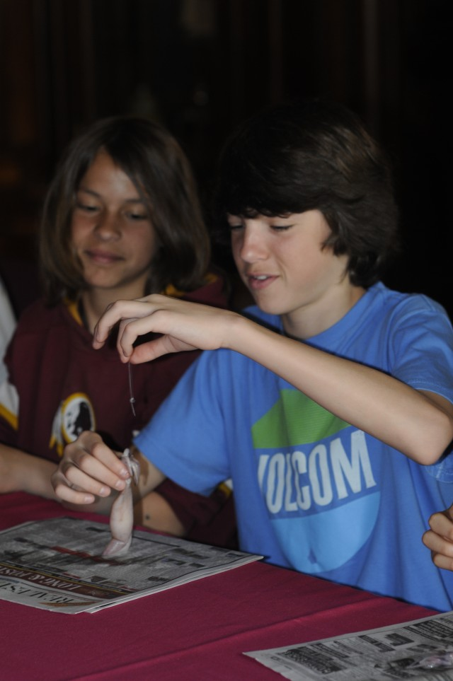 Corps continues STEM outreach through interactive program in Baltimore