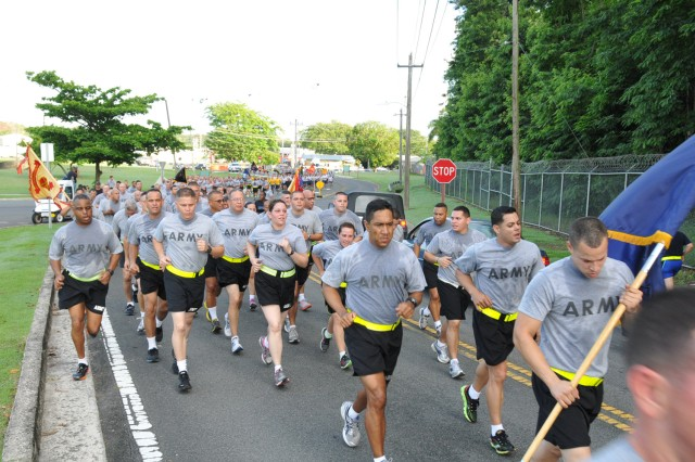 Hundreds of service members assigned to military units in Puerto Rico celebrated the Armed Forces Day, by participating in a 2.5 Mile Run around Fort Buchanan, 15 May.