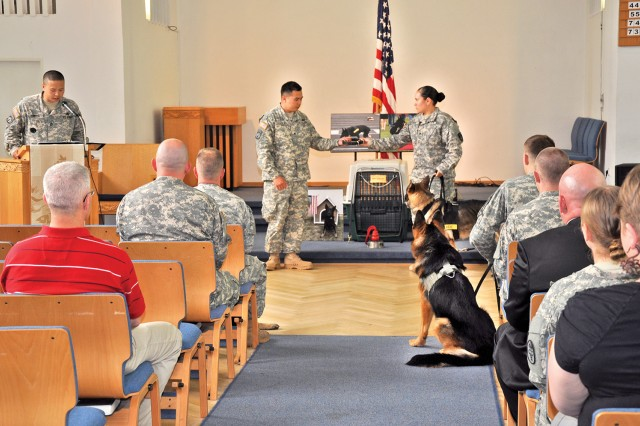 A canine's farewell: Soldiers pay tribute to faithful working dog
