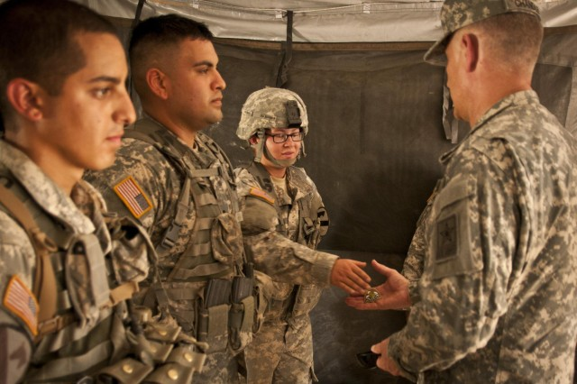 Sergeant major of the Army visits Fort Hood