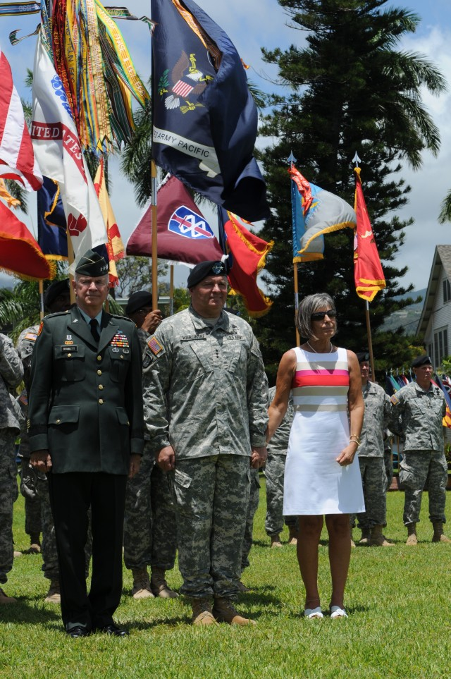 Flying V honored U.S. Army Pacific Commander