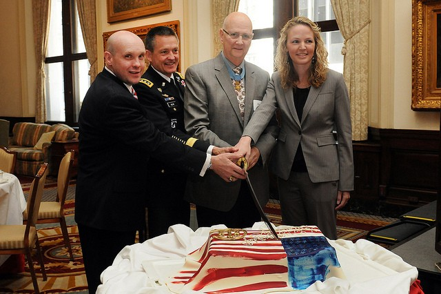 Union League Club of Chicago (ULCC) Pres. Guy Maras; Gen. Daniel B. Allyn, FORSCOM Commanding General; Medal of Honor recipient, Allen Lynch and Ill. Dept. of Veterans Affairs Dir., Erica Borggren, cut the 238th #ArmyBday cake at the ULCC, June 14, 2013.