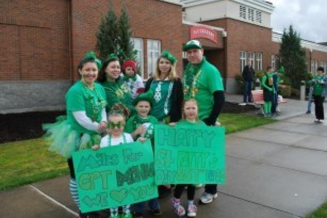 Families support seployed soldiers in 'Walk to Afghanistan'