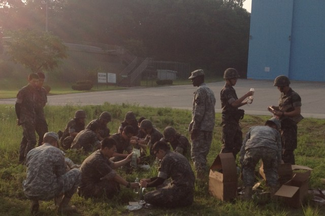 210th Fires Bde. Soldiers conduct airdrop training