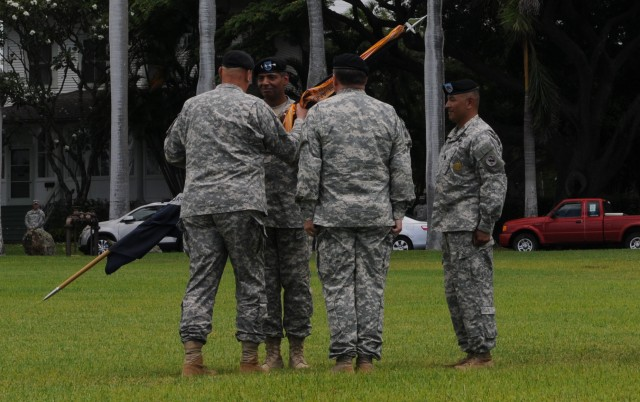 Gen Odierno passes colors to Gen Brooks