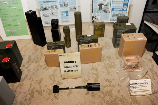 Conformal battery unburdens Army's networked Soldiers