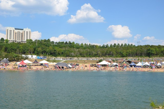 Table Rock (MO) United States  city photos gallery : ... very popular sandy swimming beach along the shores of Table Rock Lake