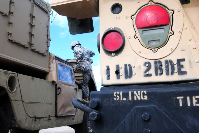 U.S. military forces are teaming up with South African National Defense Forces for Shared Accord 13, near Port Elizabeth, South Africa, fro July 24 to Aug. 7, 2013.