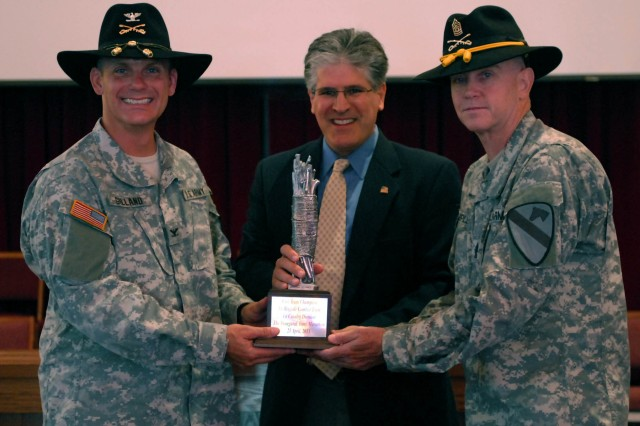 Ironhorse receives the Army Marathon trophy: There is strength in unity