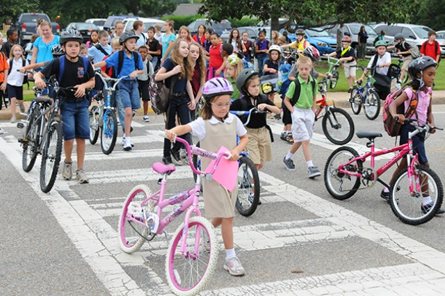 DPS urges traffic safety as school begins