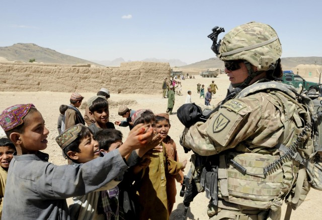 Soldiers aid local Afghans in Spin Boldak