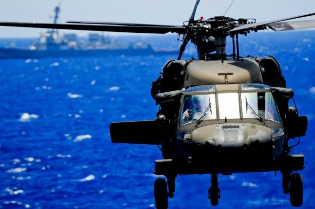 25th CAB, Navy perform deck landings