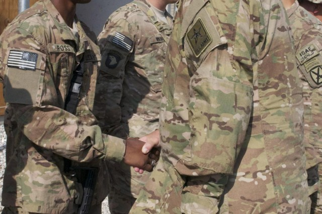 Army Chief of Staff recognizes patriot soldiers