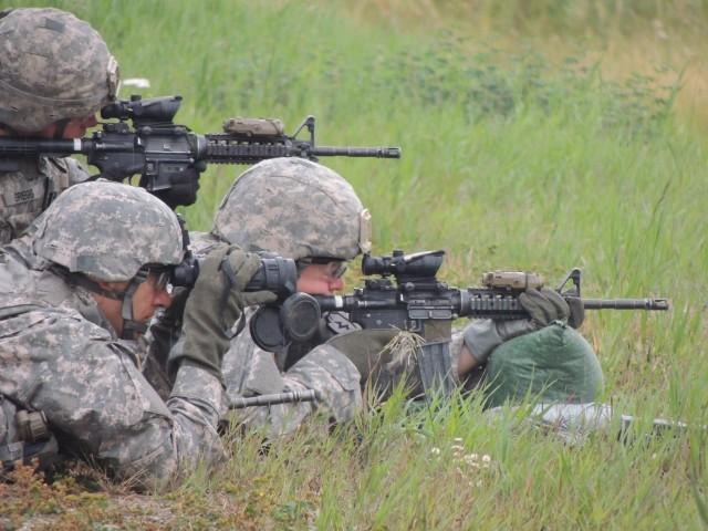 1-24 IN conducts Squad Designated Marksman training