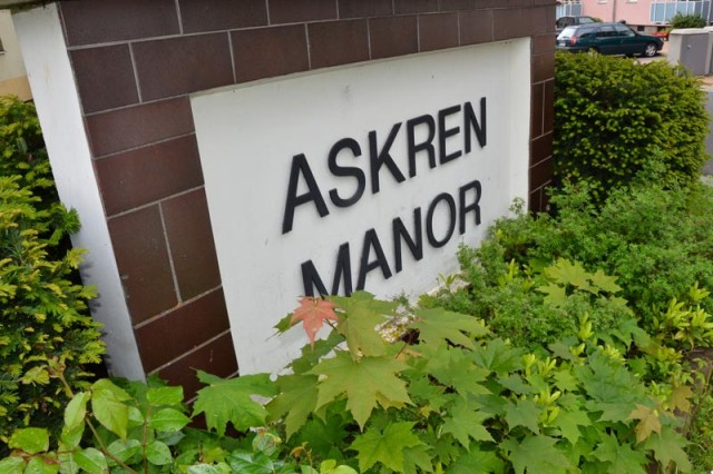 The USAG Schweinfurt garrison manager, Brian Adkins, directly addresses a rumor about moving Askren residents to other housing units.