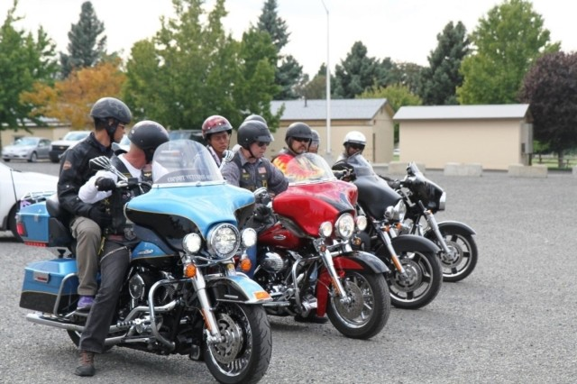 A motorcycle club invites Japan Ground Self-Defense Force soldiers out for an evening ride, Sept. 15, 2013, at Joint Base Lewis-McChord, Wash.  (U.S. Army Staff Sgt. Mark Miranda/Released)