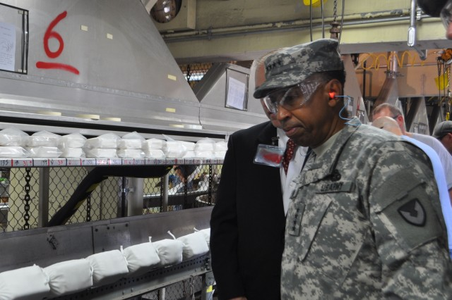 Gen. Via, of Army Materiel Command, Visits Iowa Army Ammuntion Plant
