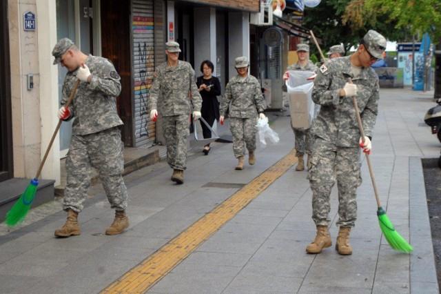 Soldiers help clean-up Itaewon | Article | The United States Army