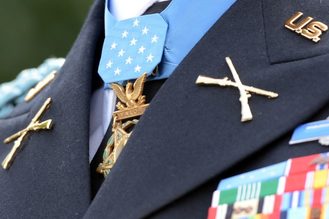 A close-up view of former Army Capt. William D. Swenson's Medal of Honor, seen as Swenson spoke to reporters at the White House after receiving the nation's highest military award for valor, Oct. 15, 2013.