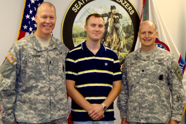 Everett recruiter leads by example recruits sons - How to become an army officer after college ...