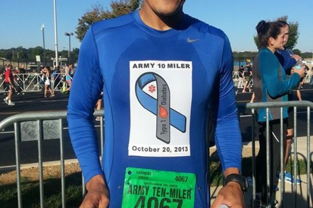 Running for a Cause -- Old Guard Soldier runs Army Ten Miler in honor of cousins