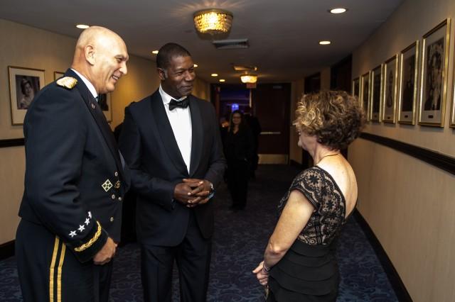 USO 2013 Annual Gala