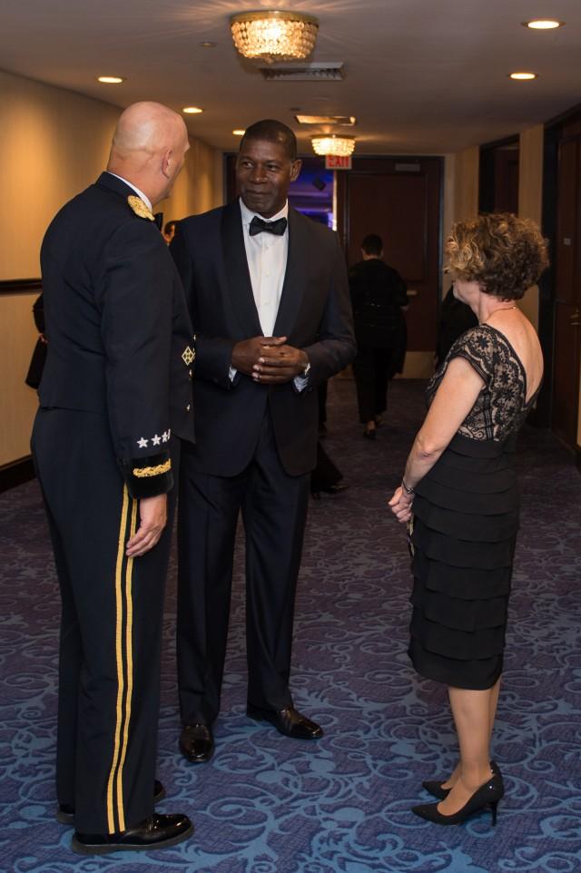 2013 USO Gala