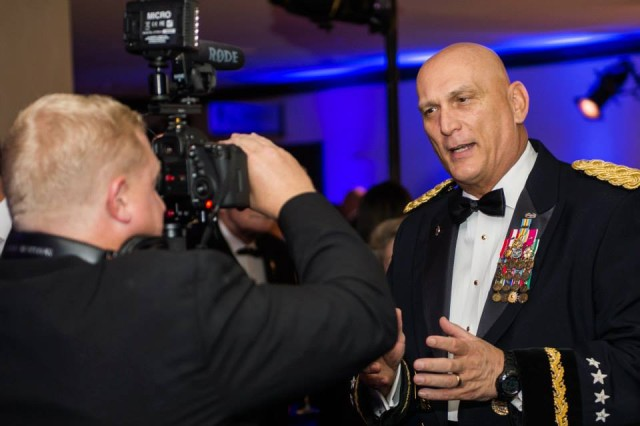 U.S. Army Chief of Staff, Gen Ray Odierno gives brief remarks about the 2013 USO Gala October 25, 2013 at the Washington Hilton, Washington, D.C. before the start of the event.
