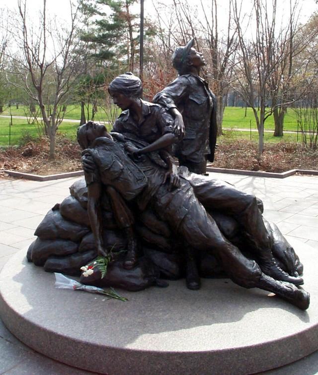 Vietnam Army Nurse Corps veteran honors women who served