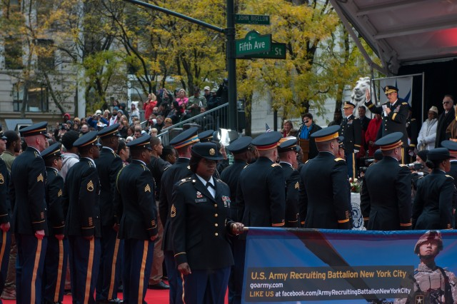 "U.S. Army Chief of Staff, Gen. Ray Odierno reads the Oath of Enlistment to the U.S. Army Recruiting Battalion New York City, during the Veterans Day Parade ""America's Parade"" on November 11, 2013 in Manhattan, New York.  (U.S. Army Photo by Sgt. Mikki L. Sprenkle)"