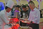 Soldiers celebrate Thanksgiving with Kuwaiti students