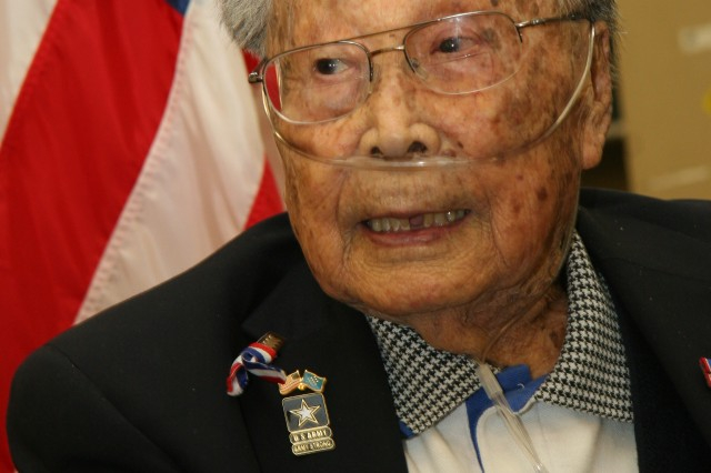 WWII Medal of Honor recipient 'shooting for 100'