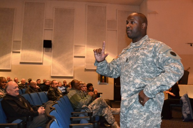 "During the first of two U.S. Army-sponsored ""Got Your Back"" Sexual Harassment/Assault Response and Prevention training sessions Nov. 14 at Scott Air Force Base, Ill., Command Sgt. Maj. Cedric Thomas, Military Surface Deployment and Distribution Command, helped kick off the training by discussing its importance to this command and to the U.S. Army. (U.S. Army photo by Mark Diamond)"