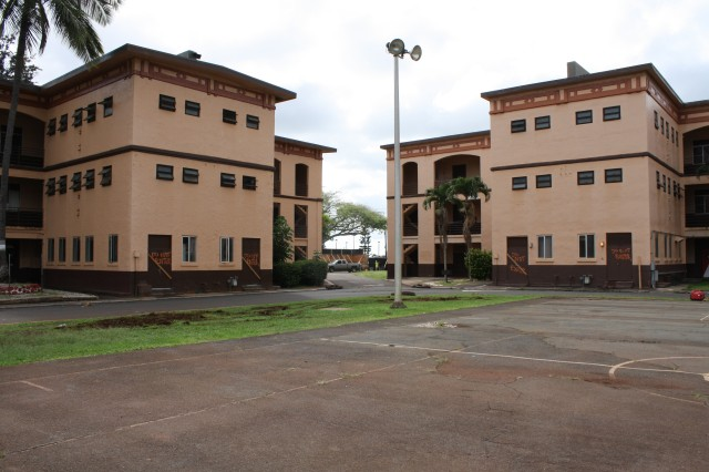 SCHOFIELD BARRACKS, Hawaii (Dec. 4, 2013) -- Buildings 158 (left) and 157 in Quad B at Schofield Barracks are two of the facilities being renovated. Building 158 was built in 1914.