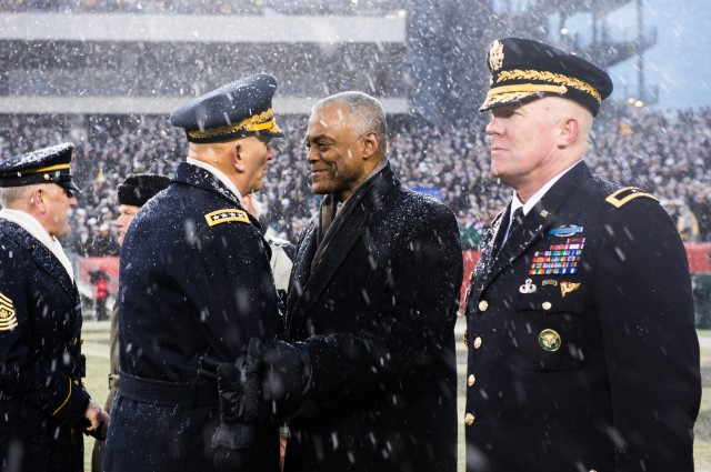 Army Chief of Staff Attends 114th Army-Navy Game