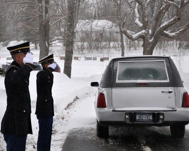New York Military Honor Guard Expected to Perform 10,000 funerals in 2013