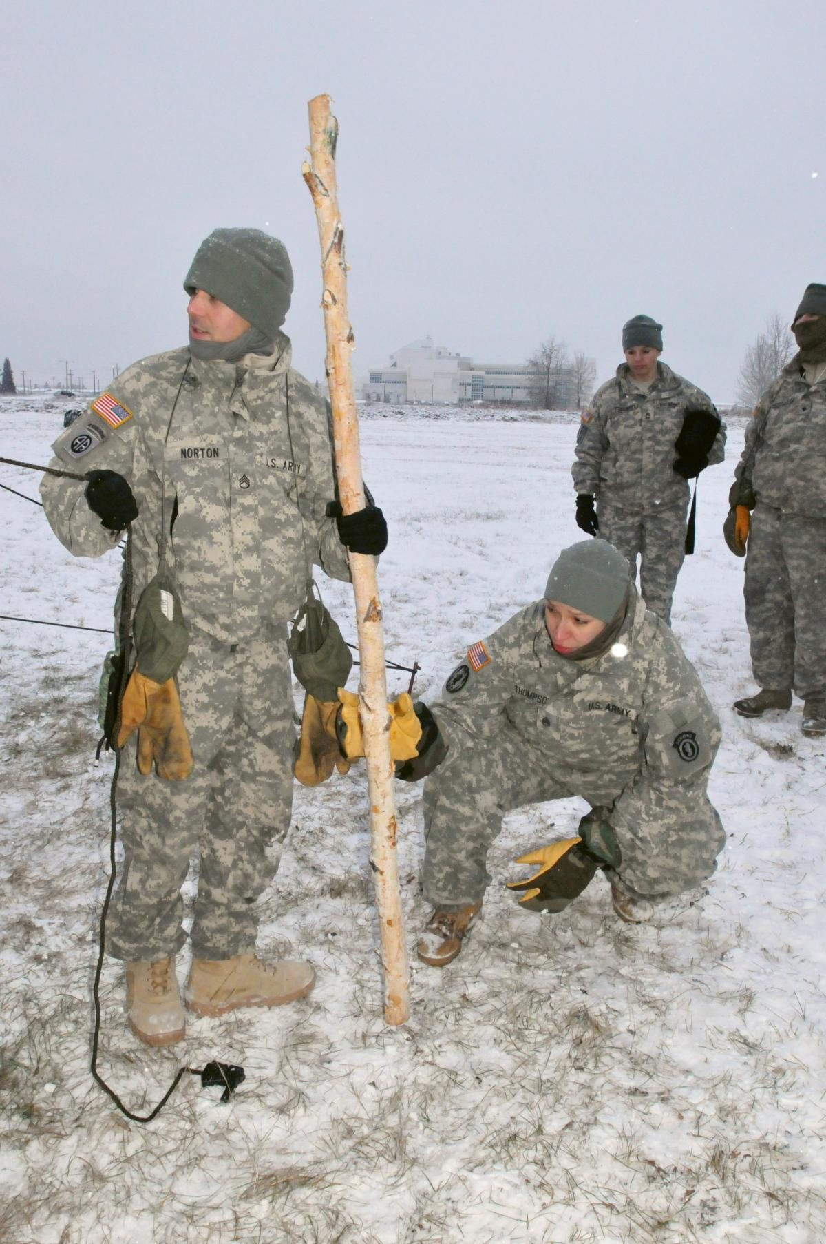 ... ORIGINAL Soldiers with 472nd Military Police ... & Fort Wainwright military police prepare for Arctic winter ...