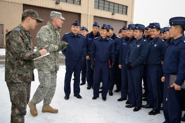 35th ADA DCO speaks with ROKAF cadets