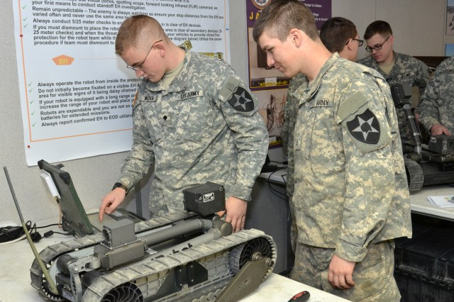 Soldiers of 3-2 SBCT, 7th ID, conduct robotics training
