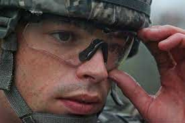 a292670aa6 Avoid low vision--wear your Military Combat Eye Protection