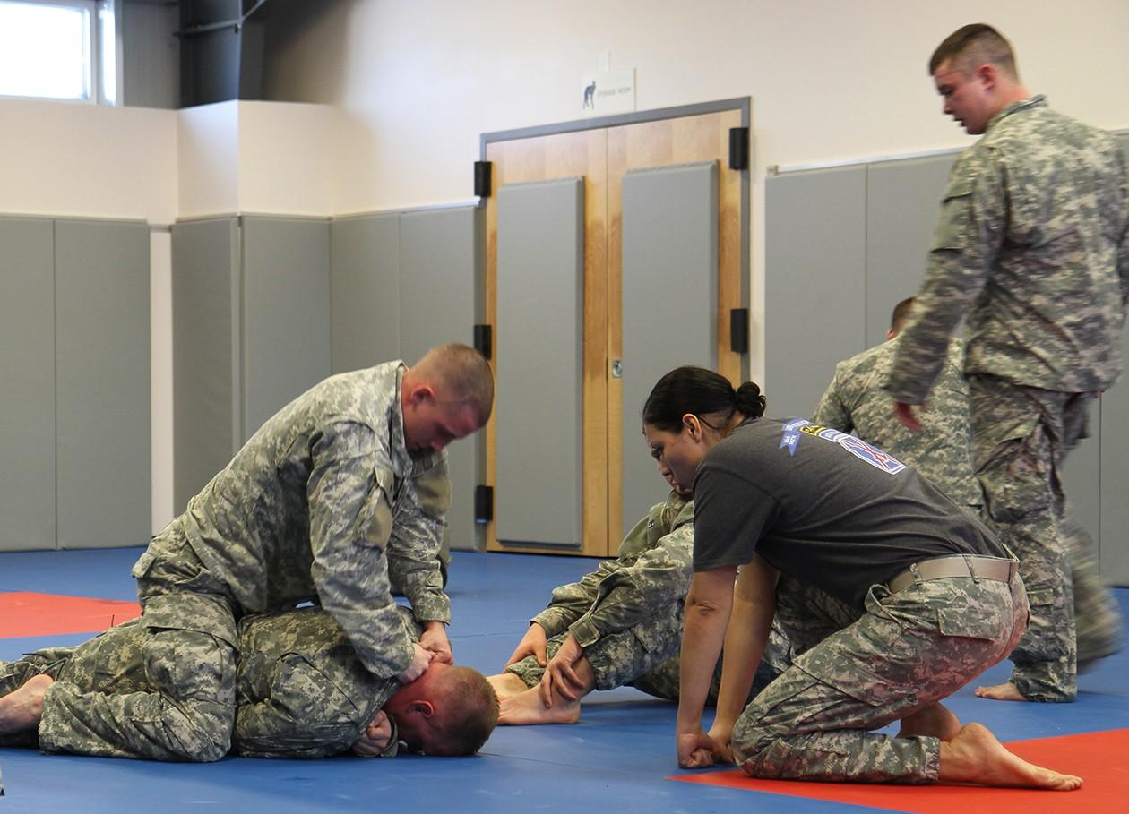 U.S Soldiers • Hand-to-Hand Combat • Training