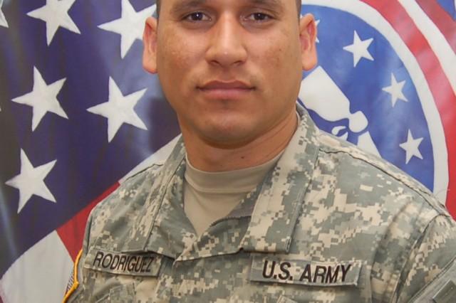 Captain Luis E. Rodriguez, Commander, Dayton Company, USAREC