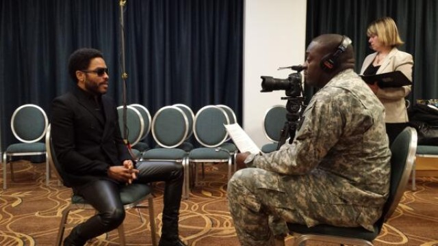 Music artist Lenny Kravitz honors uncle, Medal of Honor recipient