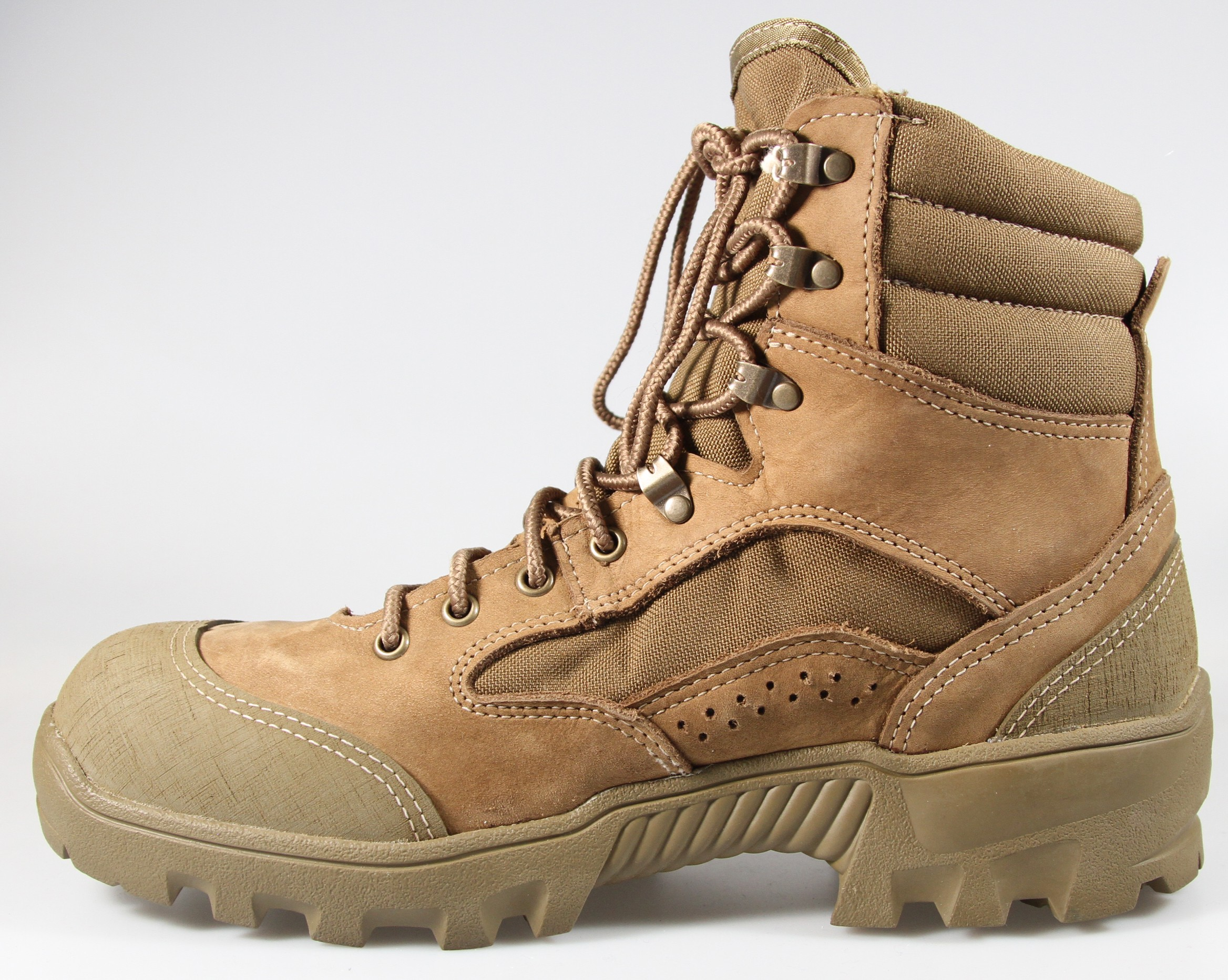 Army testing combat boots af5e51899bc