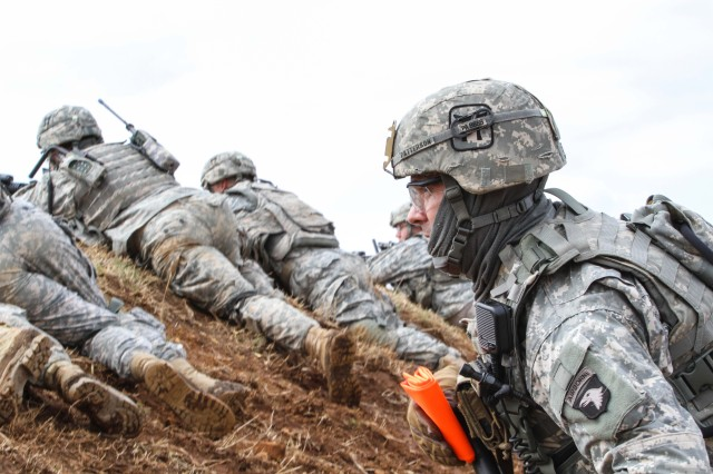 101st Airborne advances training with Army network