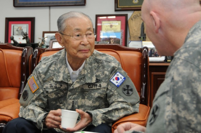 Eighth Army Deputy Commander for Operations Brig. Gen. Brian J. McKiernan (right) talks with Honorary Eighth Army Commander Gen. Paik Sun-yup (left), the Republic of Korea Army's first four-star general in Seoul.