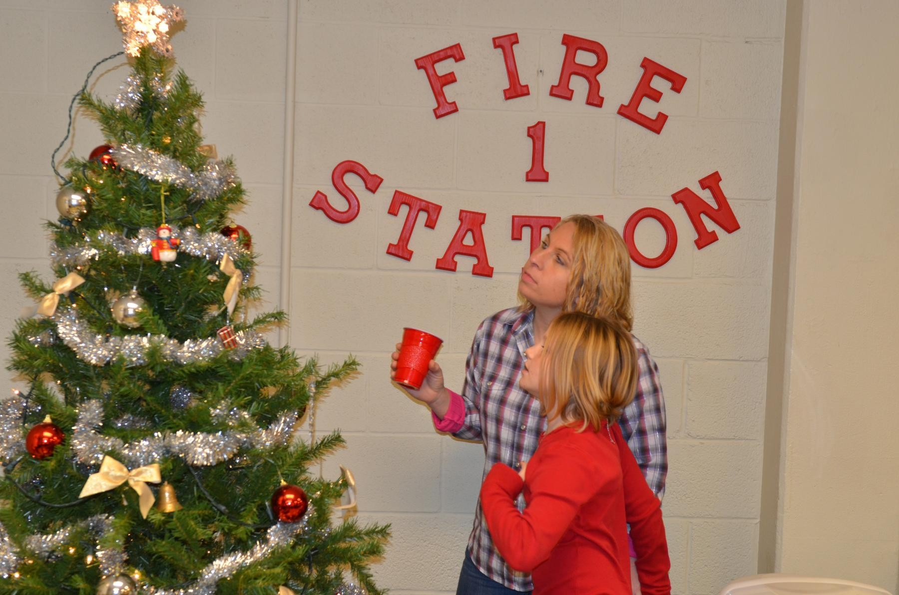 Christmas at the firehouse | Article | The United States Army