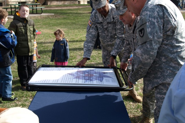 Arsenal Island Hosts Inaugural MWR Youth Expo, Child Abuse Prevention Month Proclamation Signed