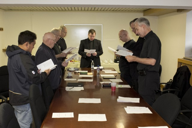 Bishop F. Richard Spencer opens Clergy Day with a devotional prayer April 7, 2014, at Katterbach, Germany.