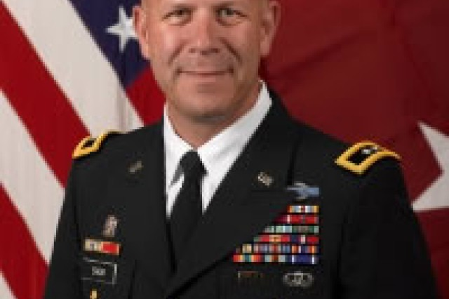 Army Maj. Gen. Jeffrey Snow, Defense Department Sexual Assault Prevention and Response Office director (Official photo)